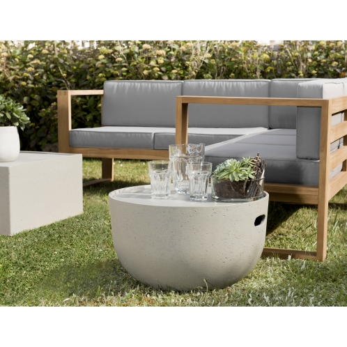 http://www.dpi-import.com/5528-thick_dpi-import/table-basse-ronde-58x58cm-beton.jpg